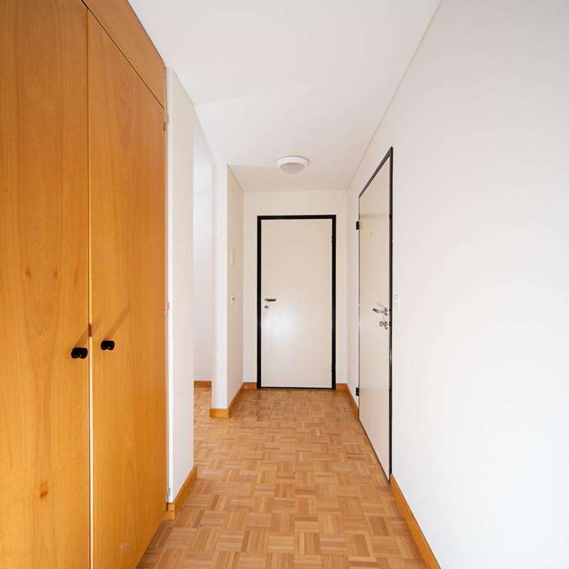 Alterssiedlung Quisisana Heiden Liegenschaft Wohnzimmer Korridor Eingang