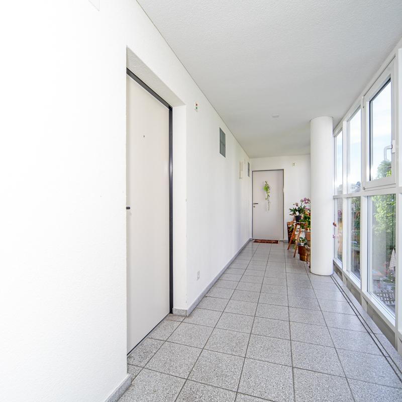 Alterssiedlung Quisisana Heiden Liegenschaft Wohnzimmer Aussenkorridor